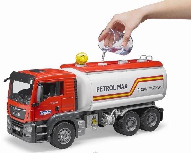 Bruder 03775 Man z cysterną do transportu paliwa