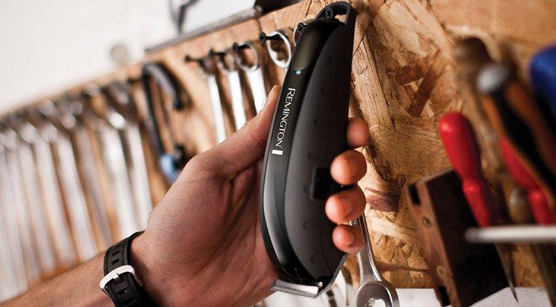 REMINGTON  HC5880 Maszynka do włosów Virtually Indestructible